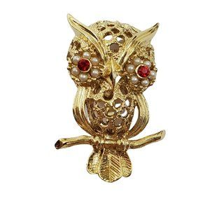 Gerrys Owl Brooch Pin Gold Tone Red Rhinestone Fau